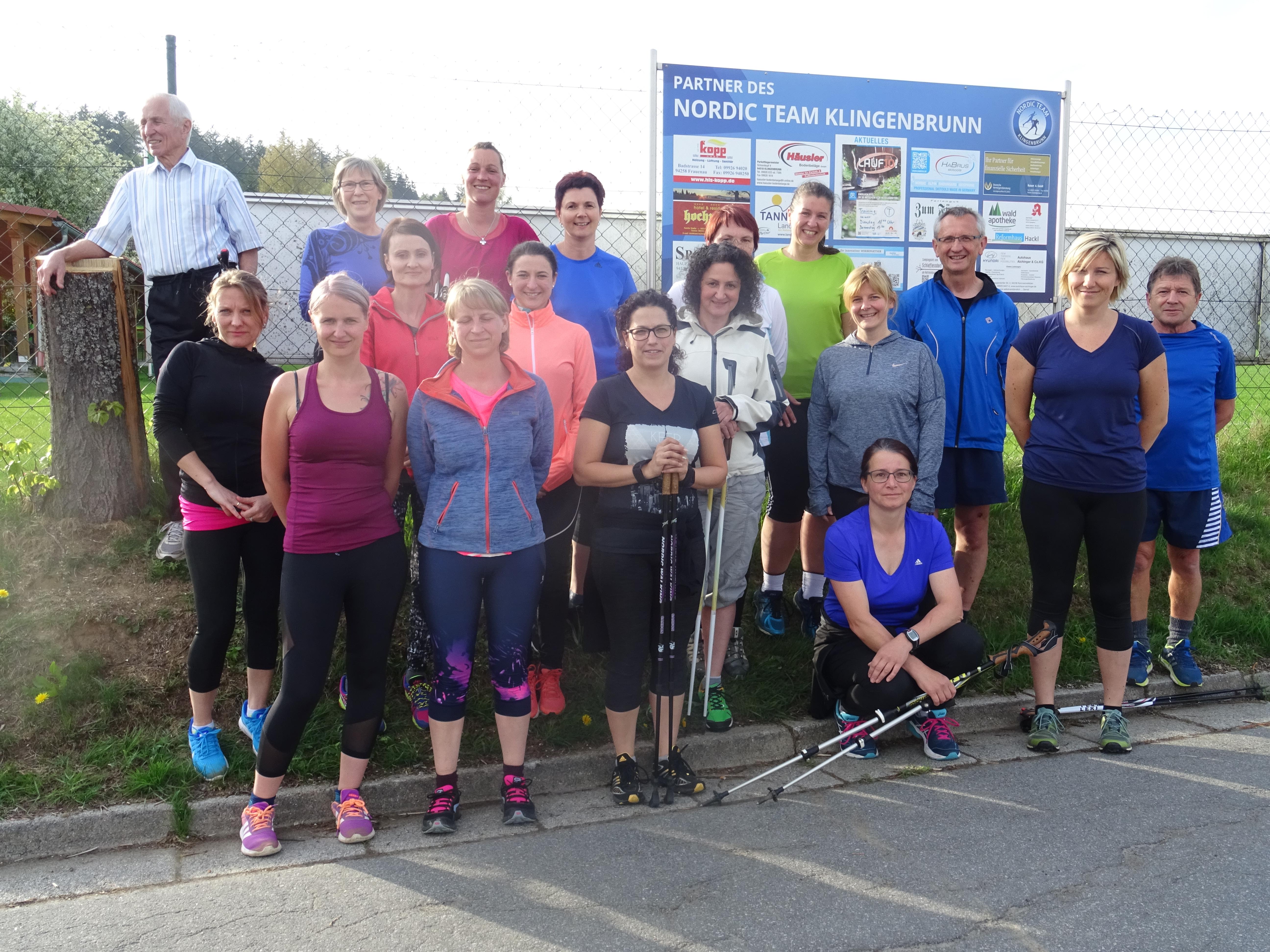 Etwa 20 Teilnehmer haben sich für Lauf 10! in Klingenbrunn begeistert und trainieren zweimal wöchentlich für den Abschlusslauf. Foto: Nordic Team Klingenbrunn
