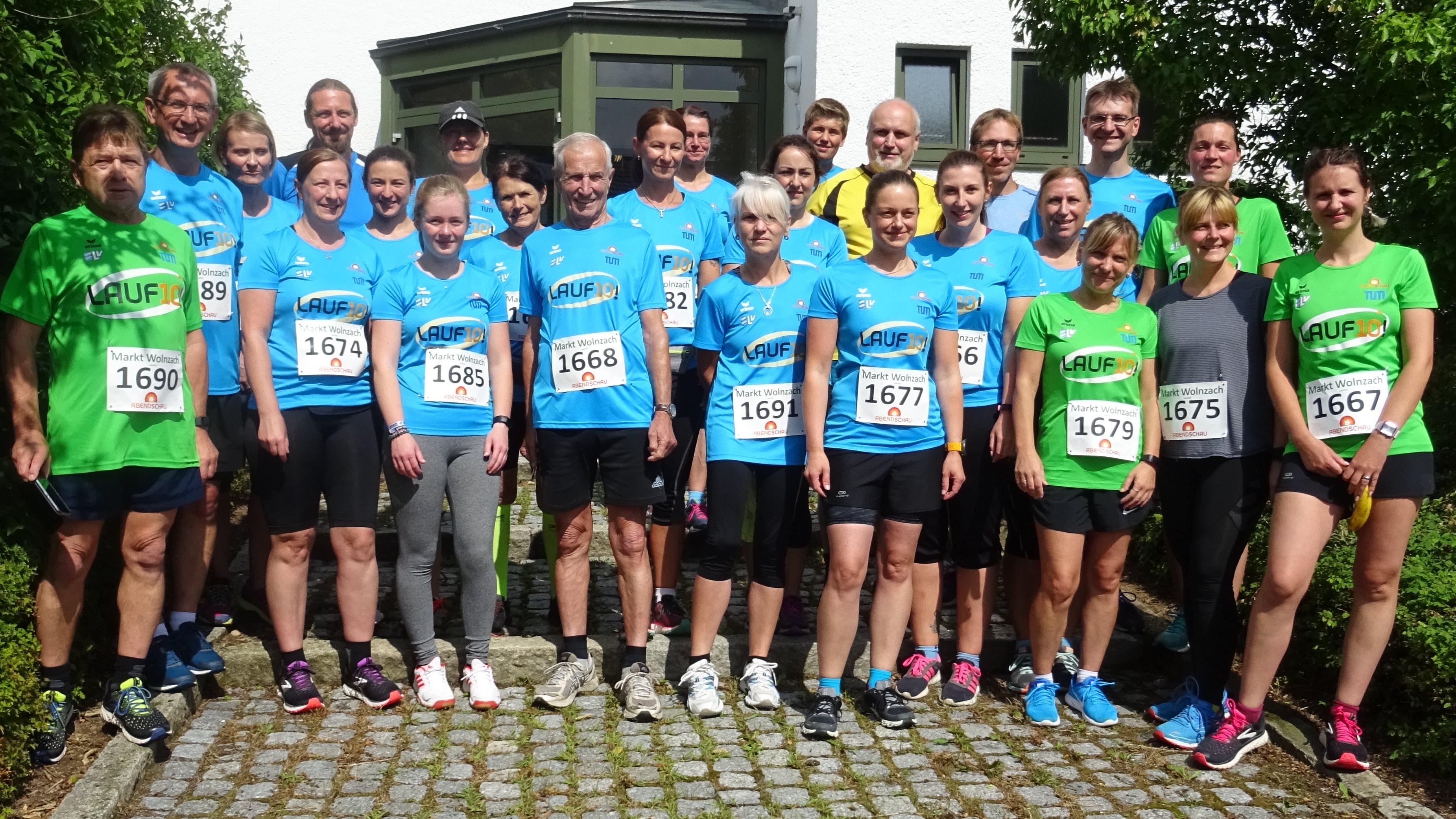 Mit 26 Läuferinnen und Läufer war das Nordic Team Klingenbrunn nach drei Monate intensiven Training zum Abschlusslauf nach Wolnzach angereist.